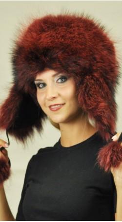 Mütze aus Waschbär Pelz mit Ohrenklappen - kirschenrot